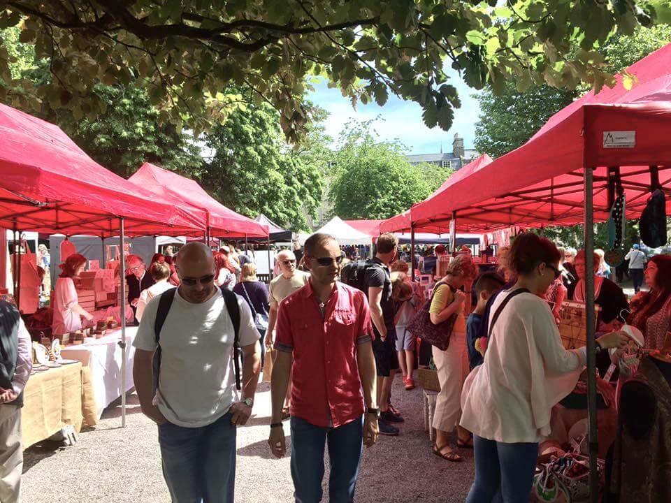 Bath Artisan market: an outdoor market in Bath's Queen's Square.