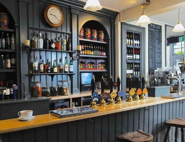 Winter pubs in Bath: The Salamander is a welcoming pub